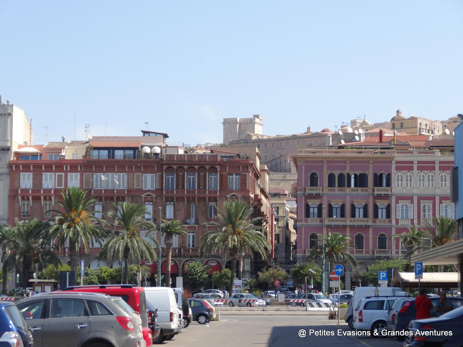 Vue sur le quartier du Castello depuis le port