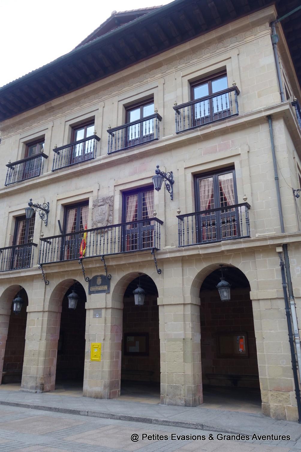 Façade de l'Hôtel de ville d'Errenteria