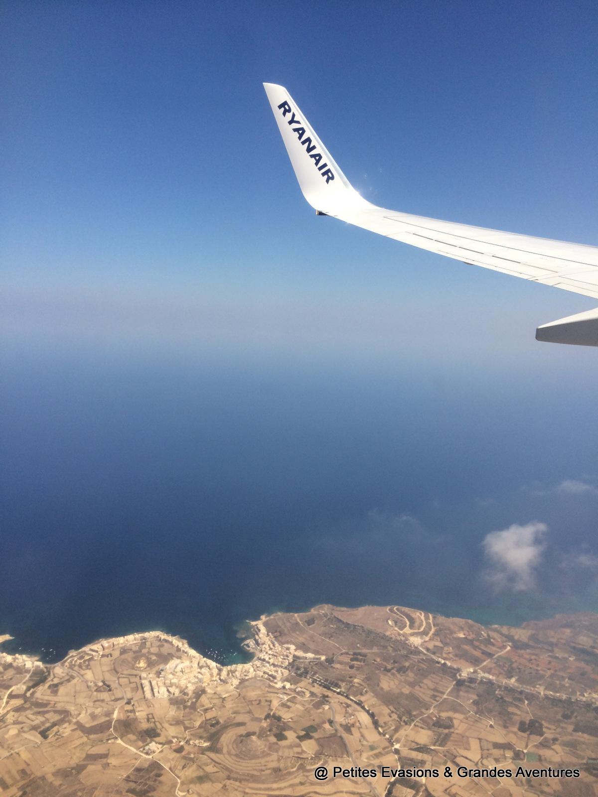 Vue sur Gozo depuis l'avion