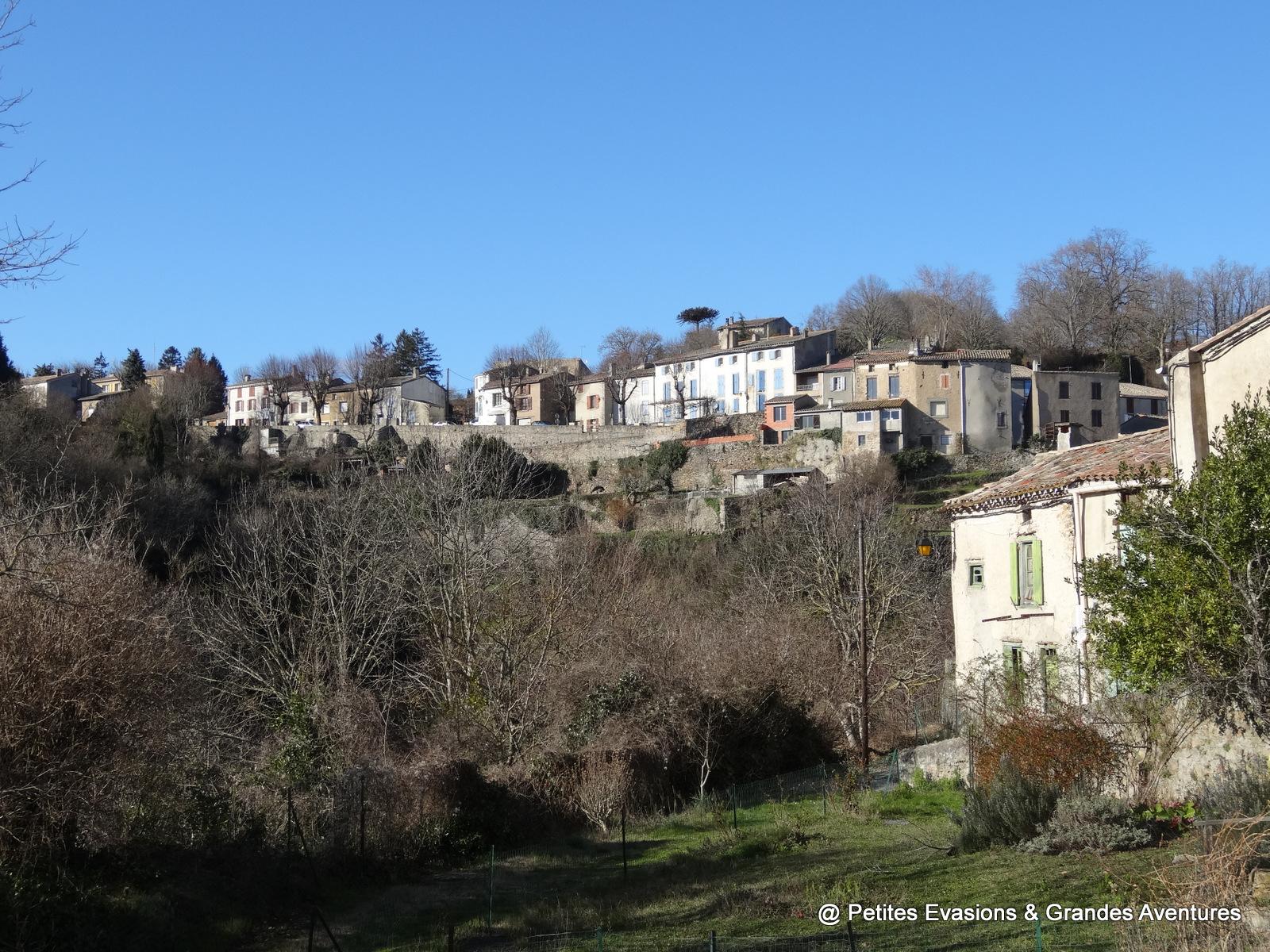 Vue sur le village depuis la Rue Bertrand de Saissac