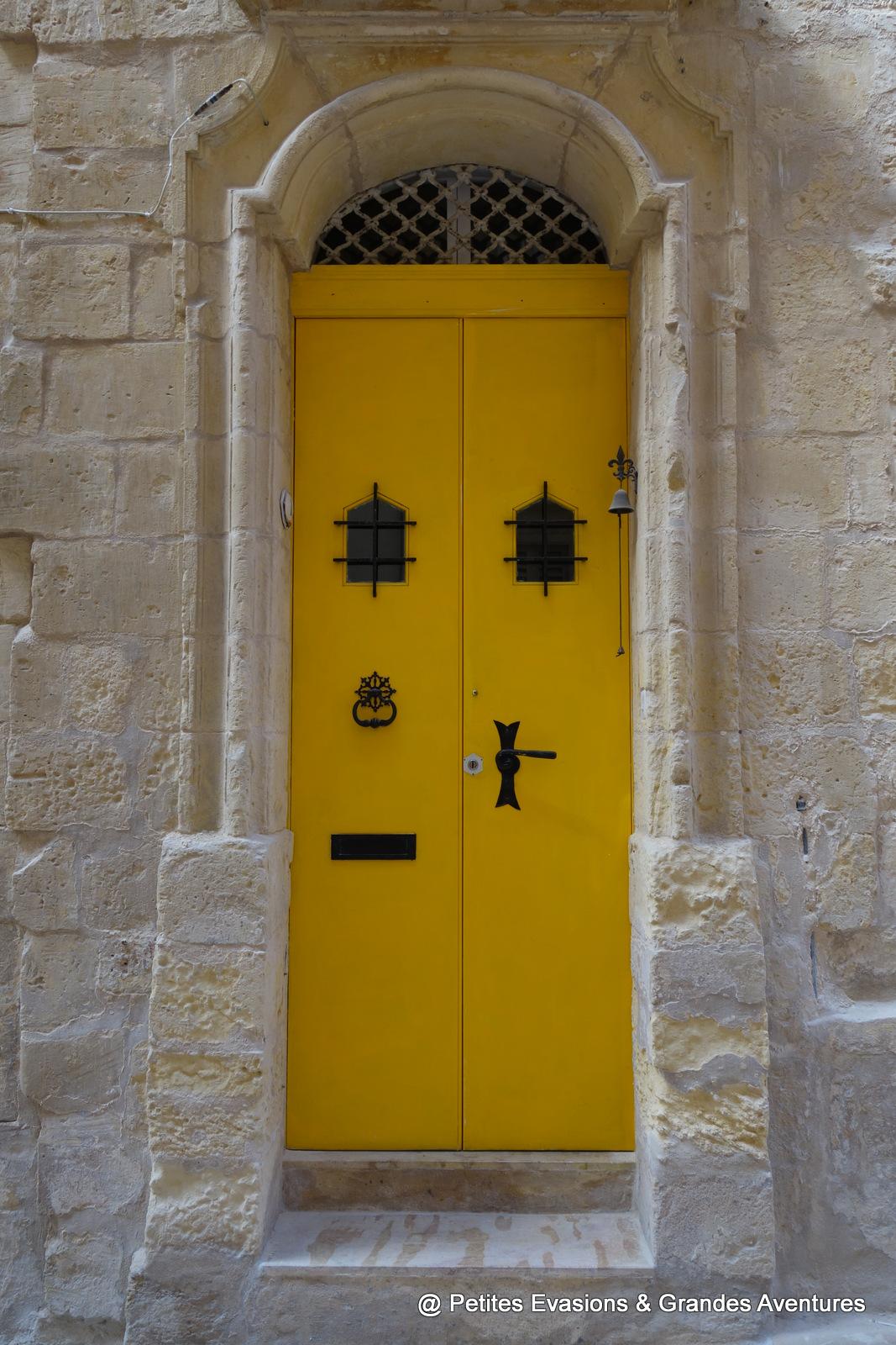 Porte colorée de Vittoriosa (Malte)