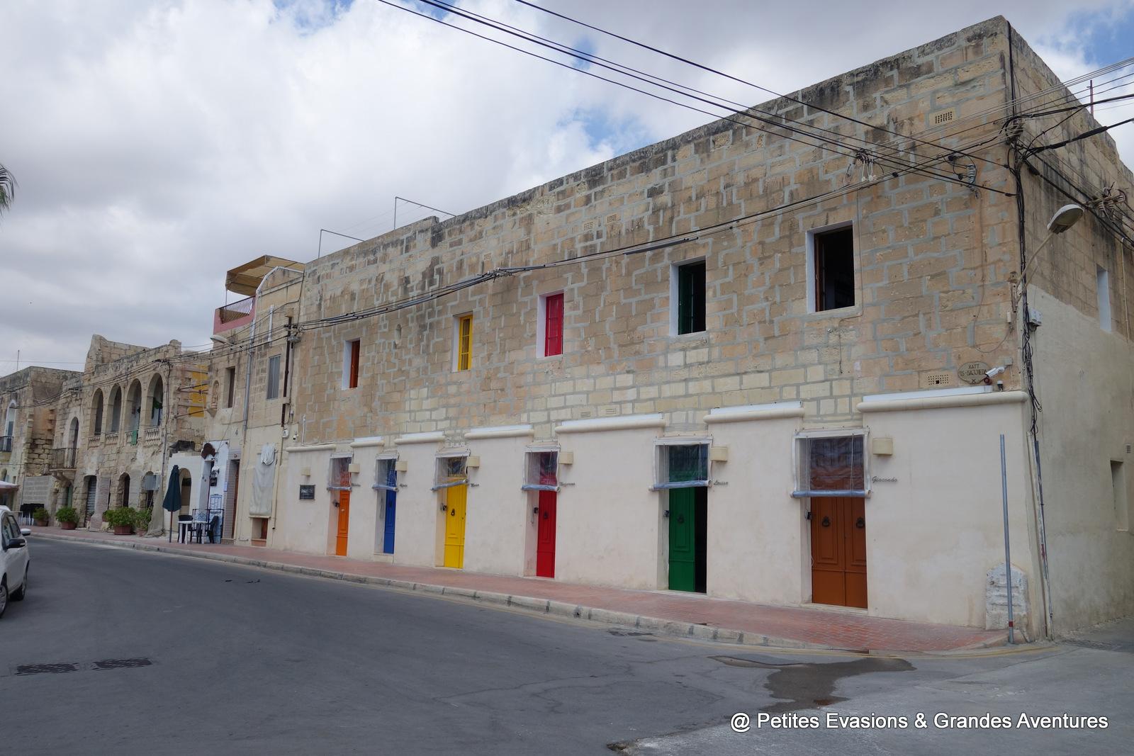 Portes multicolores à Marsaxlokk (Malte)
