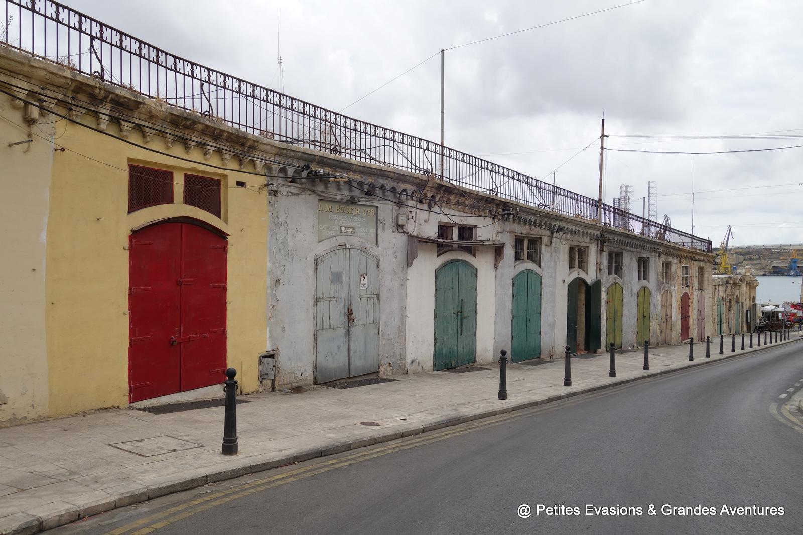 Portes multicolores à La Valette (Malte)