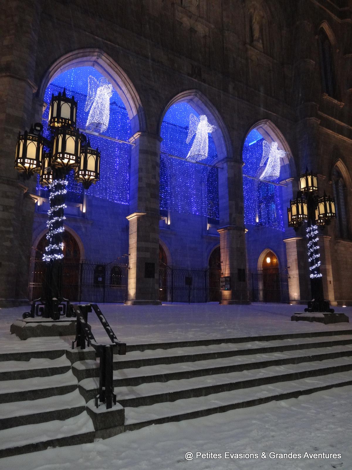 Parvis de Notre-Dame de Montréal