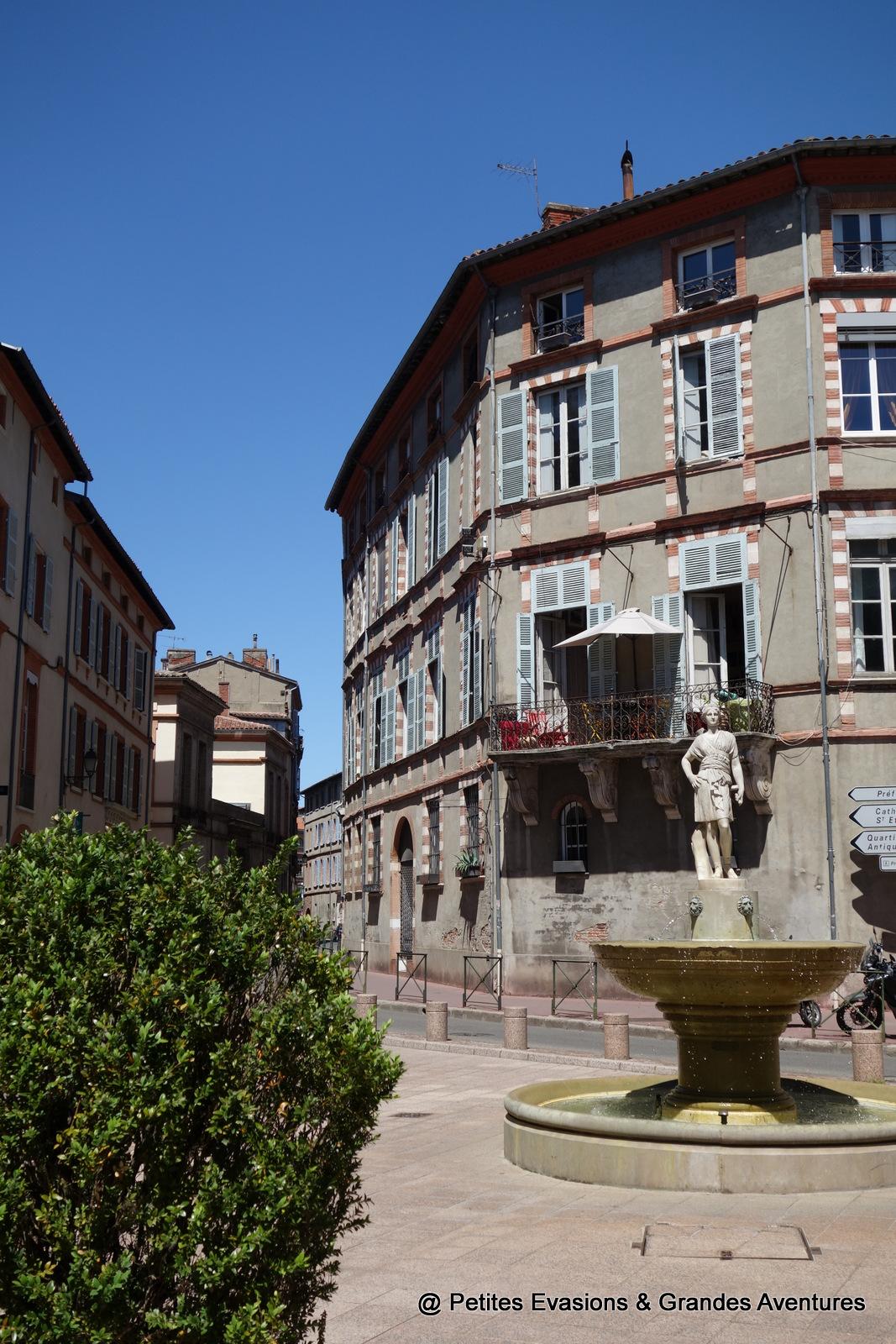 Place Sainte-Scarbes Toulouse