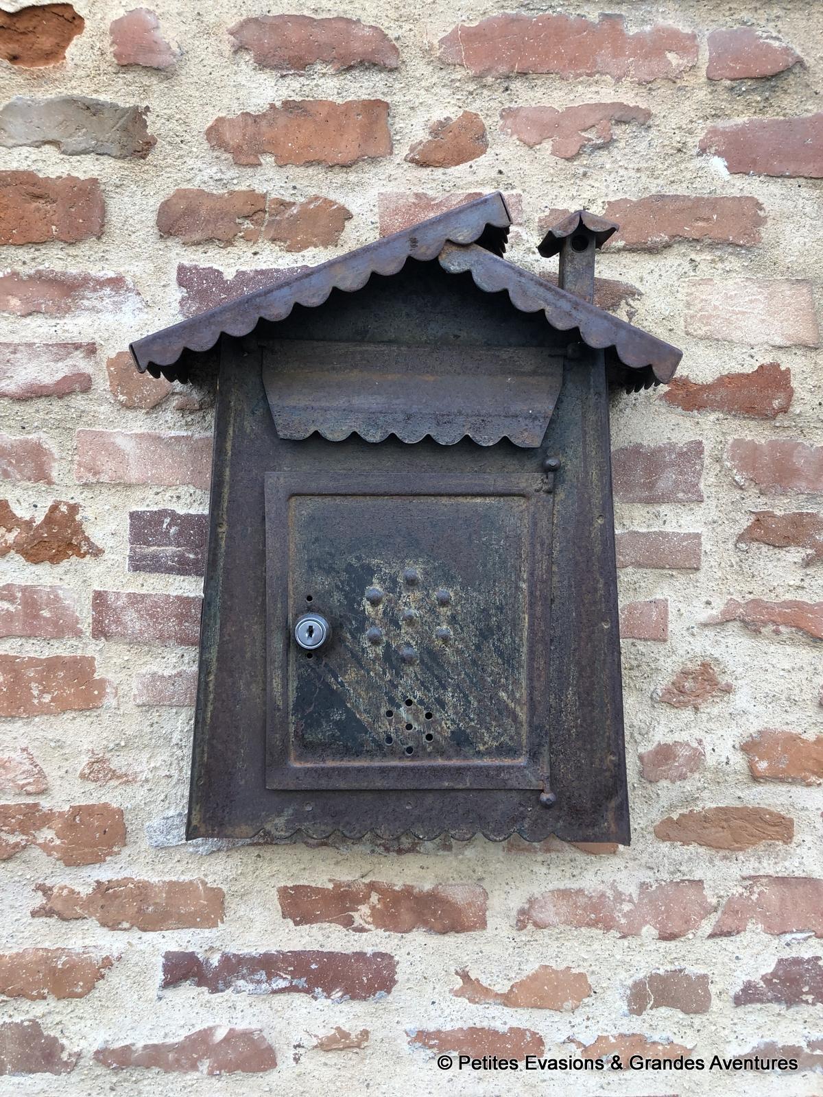 Boîte aux lettre Toulouse