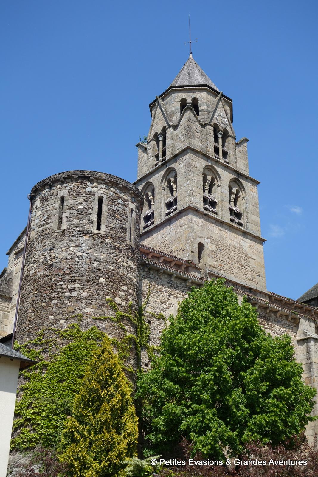 L'Abbaye Saint-Pierre, Urzèche