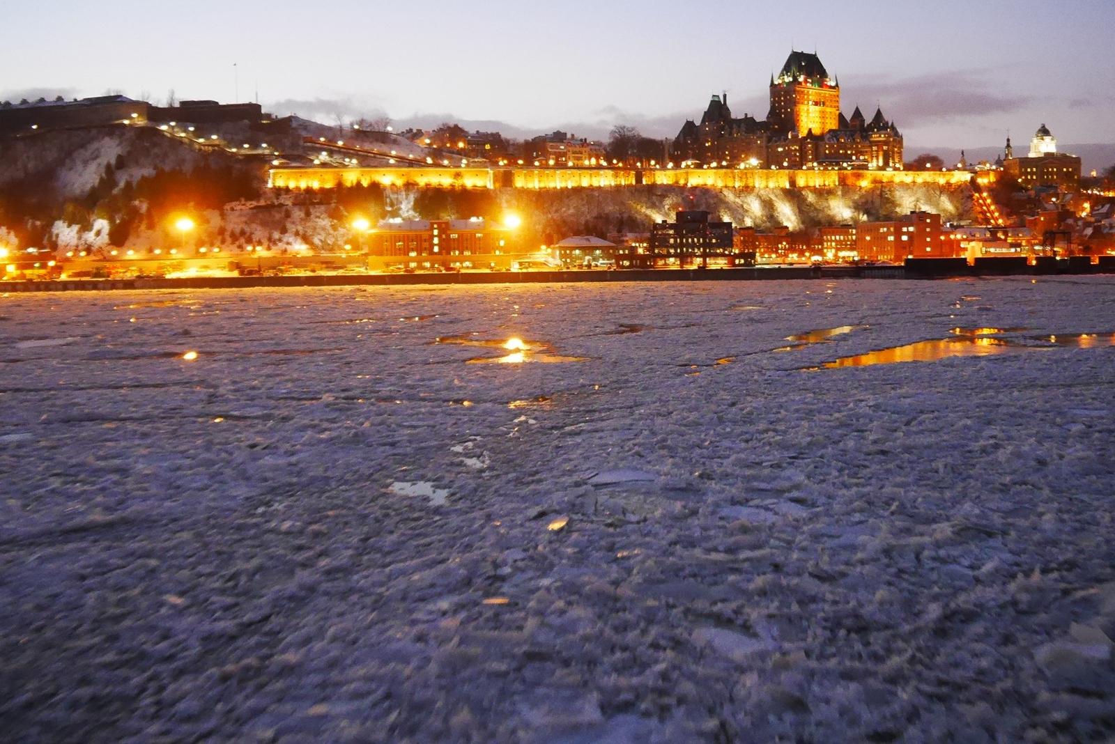 Vue sur Québec depuis Levis hiver